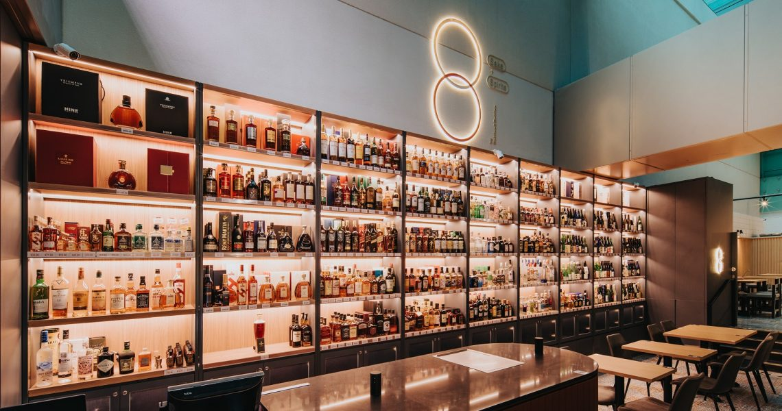 Buy bottles to go or drink-in at this Changi Airport bottle shop